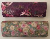 pouzdro na brýle Z5019.kytky -   květinový vzor - fialová